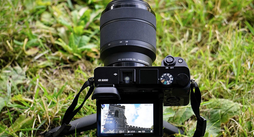 Best Mirrorless Cameras Under $1000